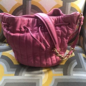Like new Hot pink Elizabeth and James cross body